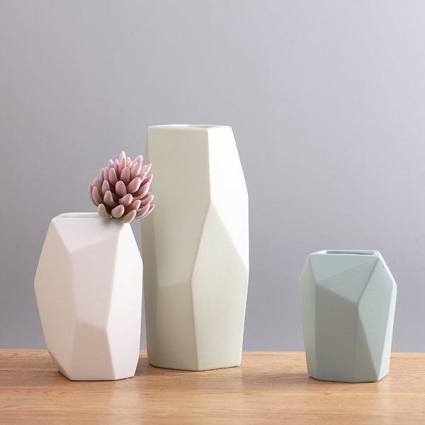 Bộ bình hoa gốm sứ