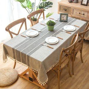 Khăn phủ bàn ăn